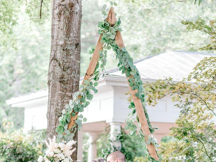 Tmx Dsc 8409 9 Websize 51 1972787 160081208810131 Raleigh, NC wedding florist