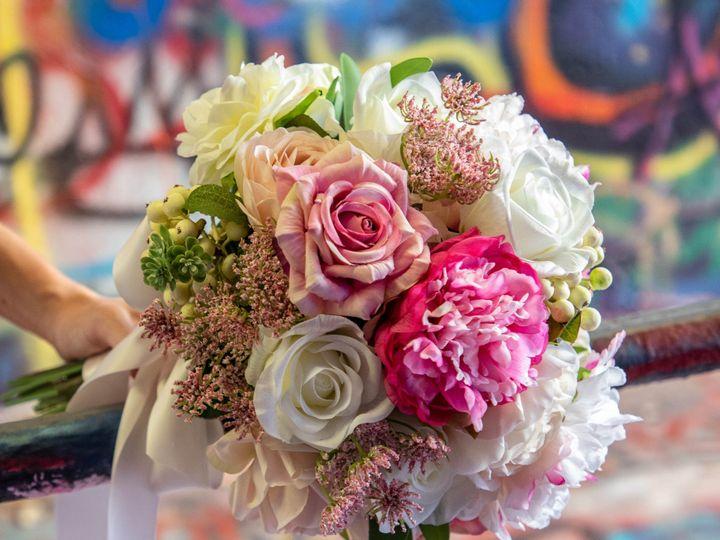 Tmx Rose1 51 1972787 159293928385302 Raleigh, NC wedding florist