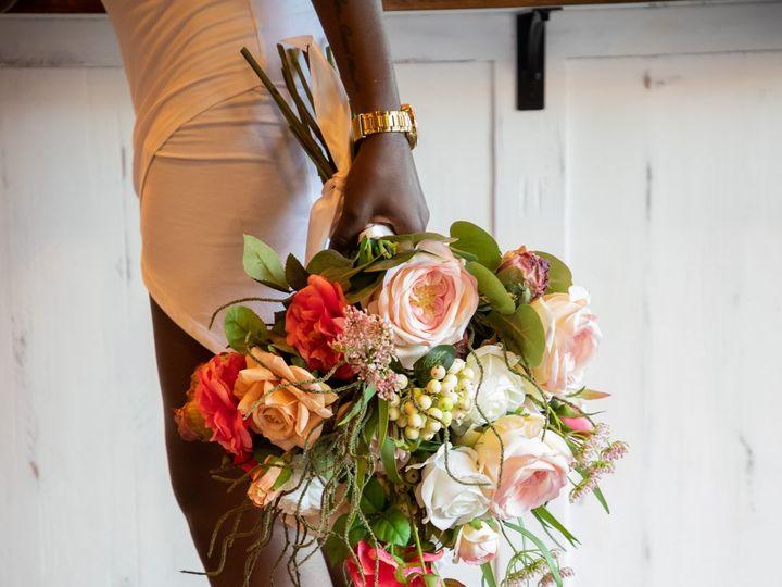 Tmx Traine 1532 51 1972787 160261558623148 Raleigh, NC wedding florist