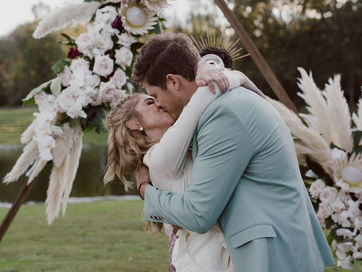 Tmx Gj00705 51 934787 Falls Church, District Of Columbia wedding florist