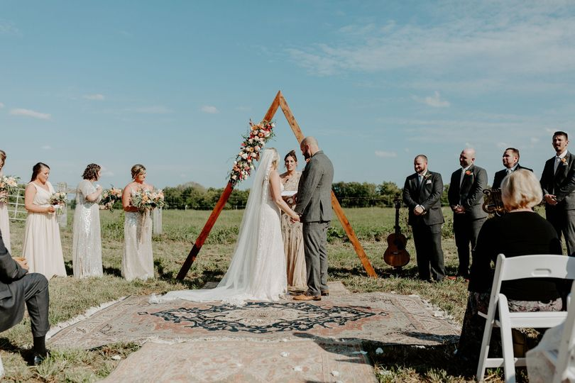 oliviajames wedding 636 51 584787 158205498657978