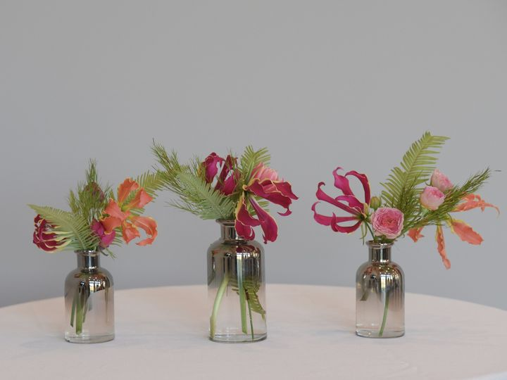 Tmx Akr 4701 51 1865787 157895734972673 Thiensville, WI wedding florist