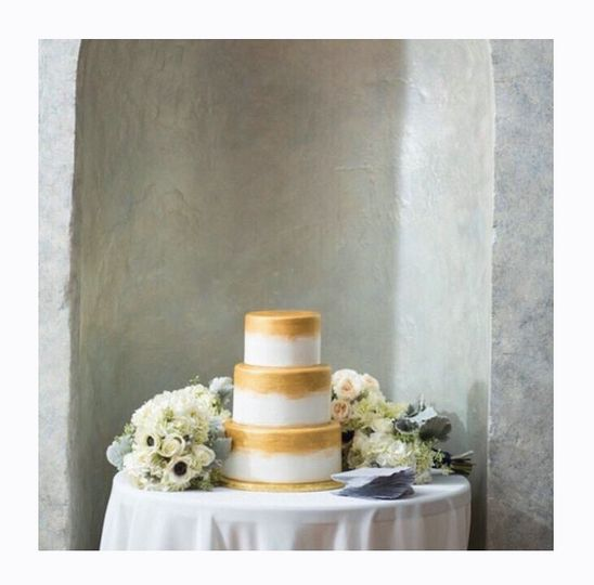 Painted gold 3 tier