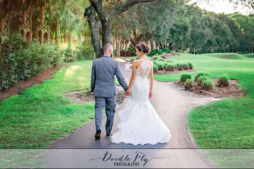 Beautiful Wedding at Gateway Country Club, Fort Myers Florida - Photography by Doodle Fly...