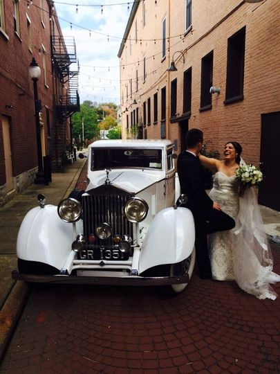 d03a42037068a3a7 1933 Rolls Royce Wedding