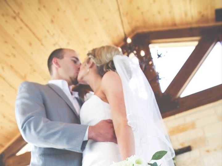 Tmx 22141077 10203834951950352 234861073247256785 N 51 1057787 V2 Houston, TX wedding florist
