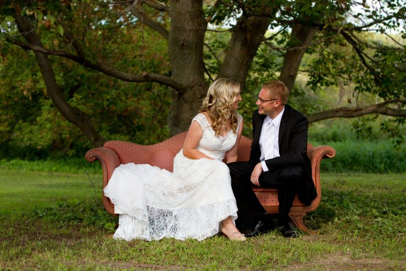 eb174c861d792c5e 1532305111 324827afb72f1728 1532305110559 23 wedding pic