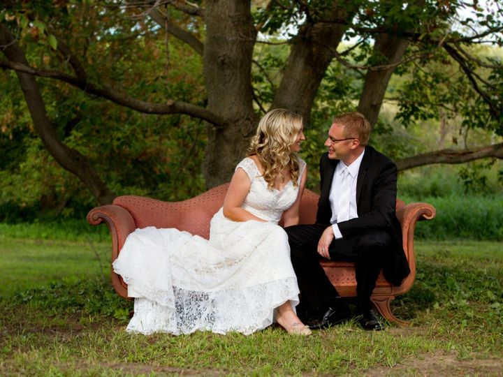 Tmx 1532305112 Eb174c861d792c5e 1532305111 324827afb72f1728 1532305110559 23 Wedding Pic Beldenville wedding venue