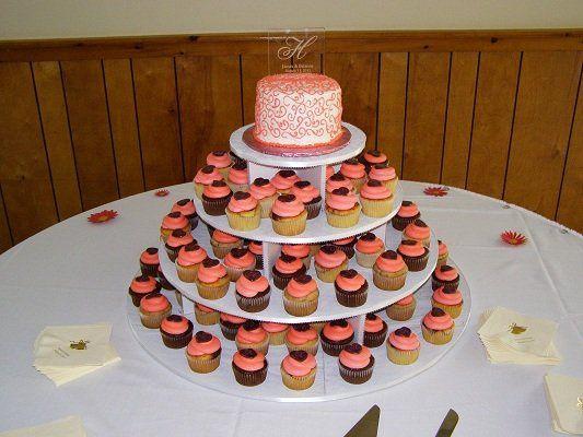 Tmx 1334143371411 128 Vassalboro wedding cake
