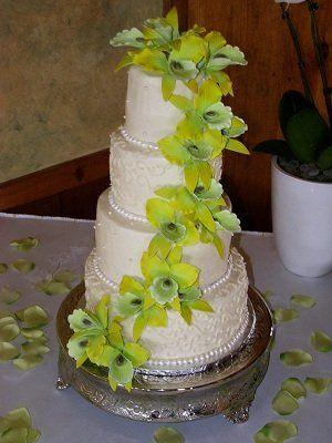 Tmx 1344596281678 0123 Vassalboro wedding cake