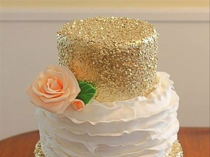 Tmx 1533155180 E07fc8b29b288d45 1533155180 32ef3f2391b9f63c 1533155183608 8 021 Vassalboro wedding cake