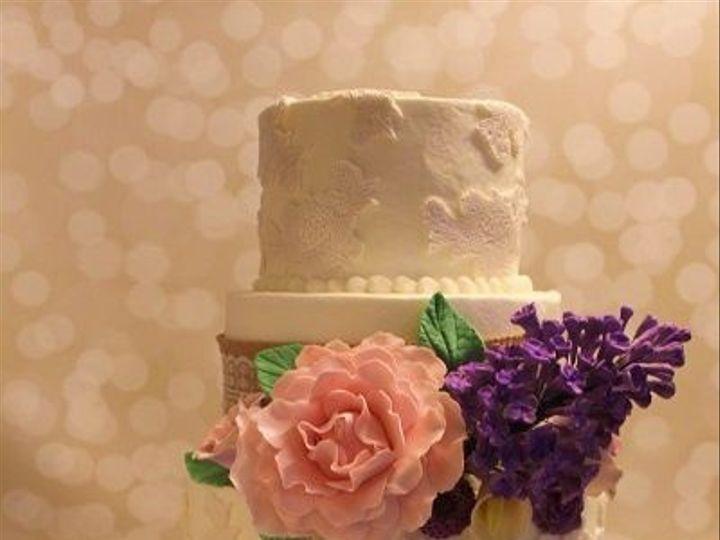 Tmx 1533155259 Cf3030799d0b2883 1533155259 D526be23bbdf578f 1533155262924 13 029 Vassalboro wedding cake