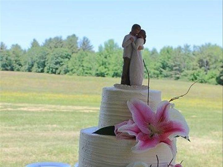 Tmx 1533155577 3051fcf994a5a2b4 1533155576 E447f8cf1ca9dcc5 1533155580114 23 IMG 4592 Vassalboro wedding cake
