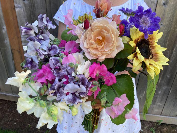 Tmx Img 1679 2 51 1988787 160175860967378 Olympia, WA wedding florist