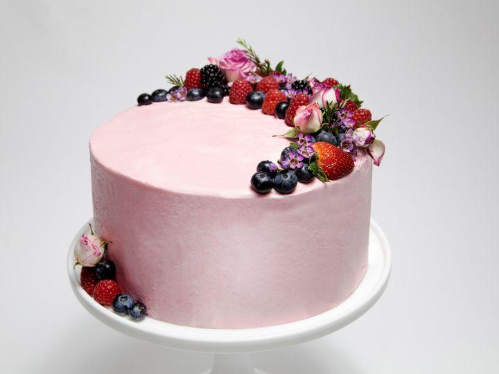 Tmx Berry Delicious Cake 51 1870887 1566838449 North Hollywood, CA wedding cake
