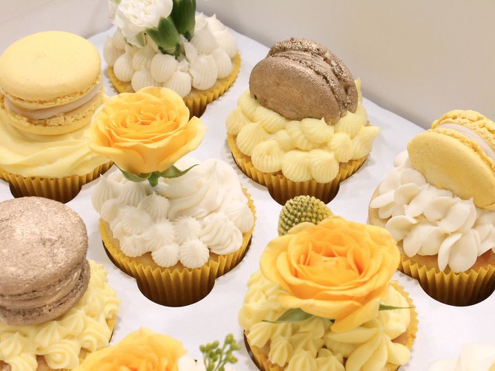 Tmx Dessert Table Fancy Cupcakes 51 1870887 1566838442 North Hollywood, CA wedding cake