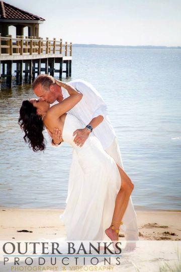 Kiss at the beach