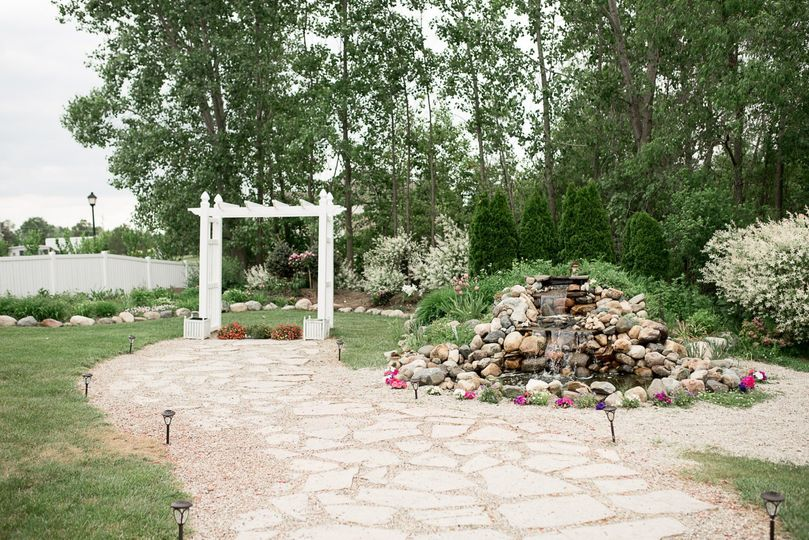 Ceremony path and arch