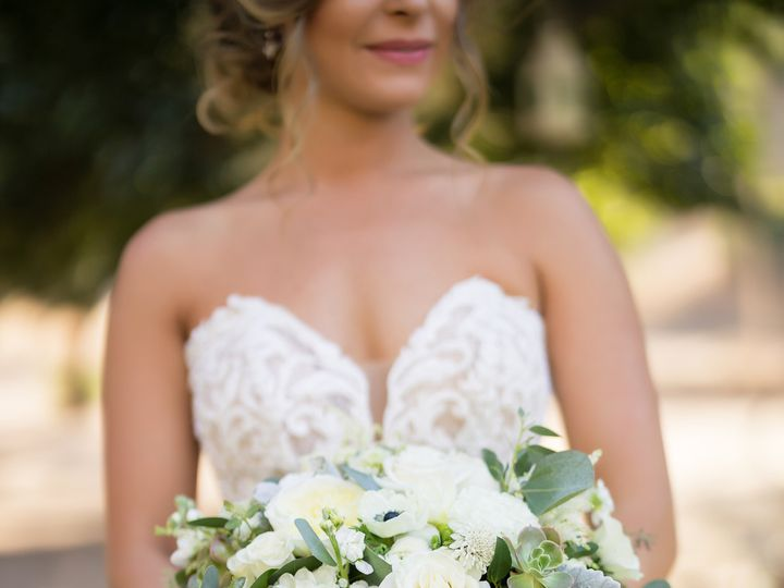 Tmx 191017 W Alcala 0314 51 91887 159794092287276 Santa Clarita, CA wedding florist