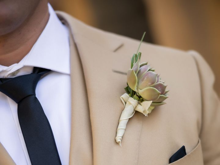Tmx 191017 W Alcala 0334 51 91887 159794092438648 Santa Clarita, CA wedding florist