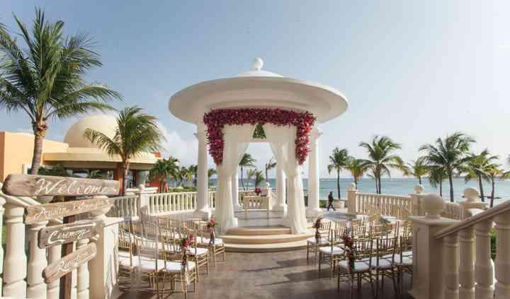 Tracy French ~ Destination Wedding Specialist
