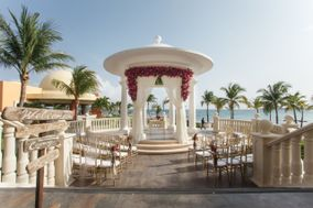 Tracy French ~ Destination Wedding Specialist