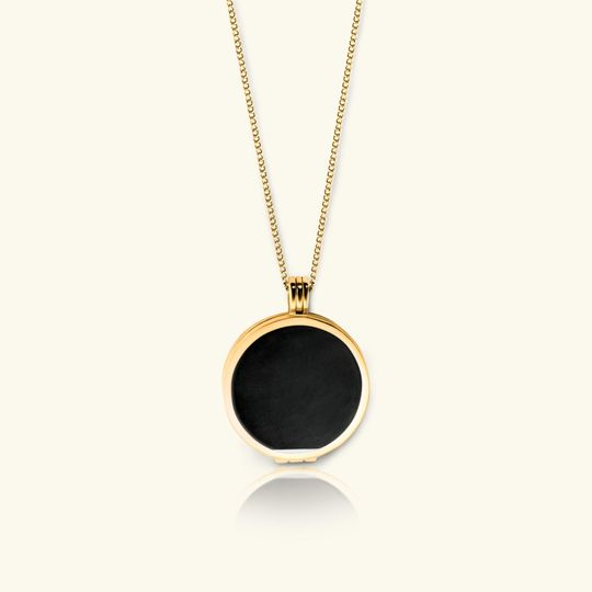 Black pearl and 18k gold vermeil