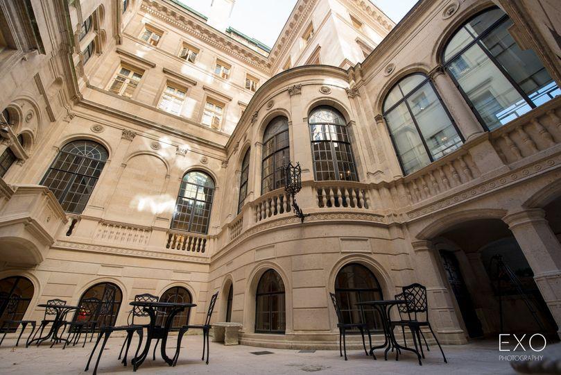 Kahn courtyard