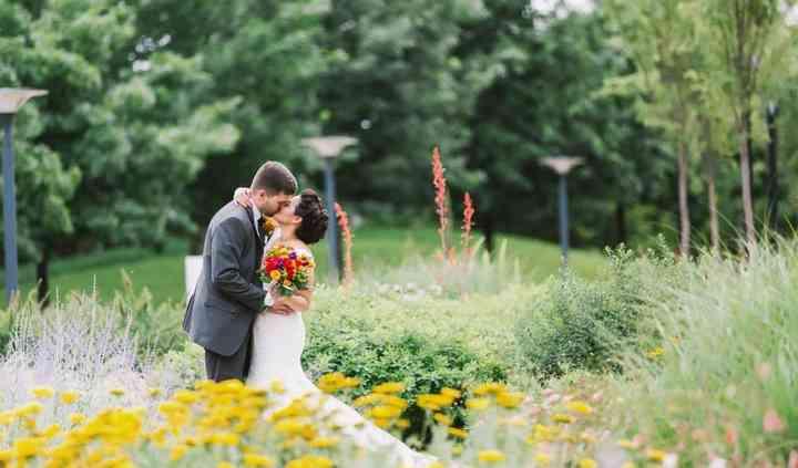 Slow Fade Weddings