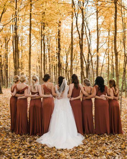 Annie Albrecht Photography - Woodland wedding