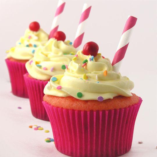 strawberry lemonade cupcake2