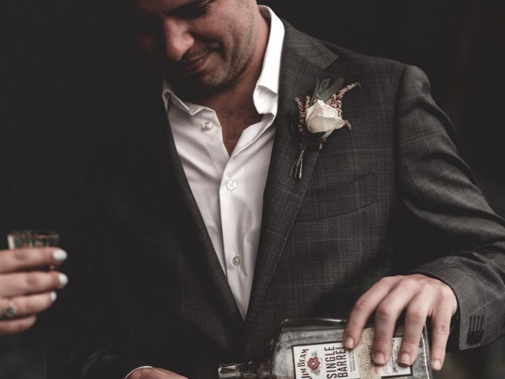 Tmx Edin2 51 1161987 157766556152426 Shepherdsville, KY wedding photography