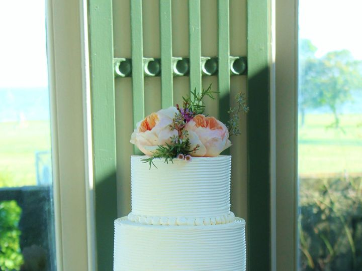 Tmx 1386021445637 Combed Buttercream 7 Derry wedding cake
