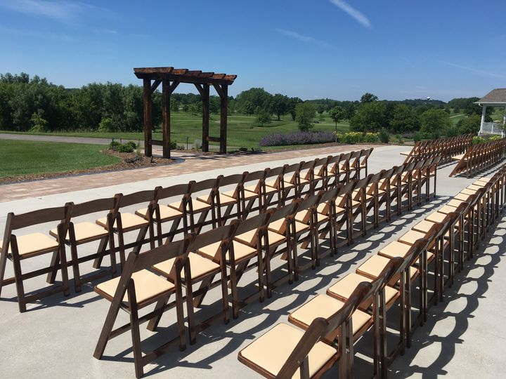 Ceremony set with brown chairs