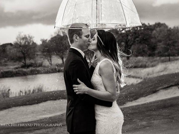 Tmx Umbrella 51 914987 Cottage Grove wedding venue