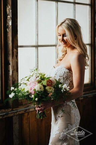 Tmx A1567bf7 413e 4025 A4c8  51 1235987 158031127292841 Seattle wedding dress