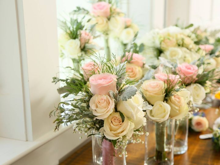 Tmx 42189880 10213147117132724 5043673438217043968 O 51 587987 Chester, NH wedding florist