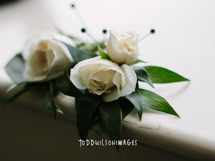 Tmx Boutonnieres 51 587987 Chester, NH wedding florist