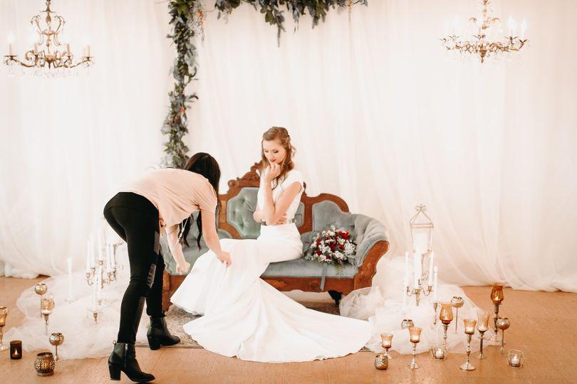Bride detail photos.