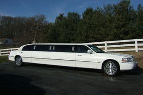 "AA Lightfoot Limousine ""An Attitude of Excellence"""