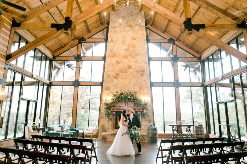 hailey and christian wedding day by emily nicole photo 238 51 939987 161013736350722