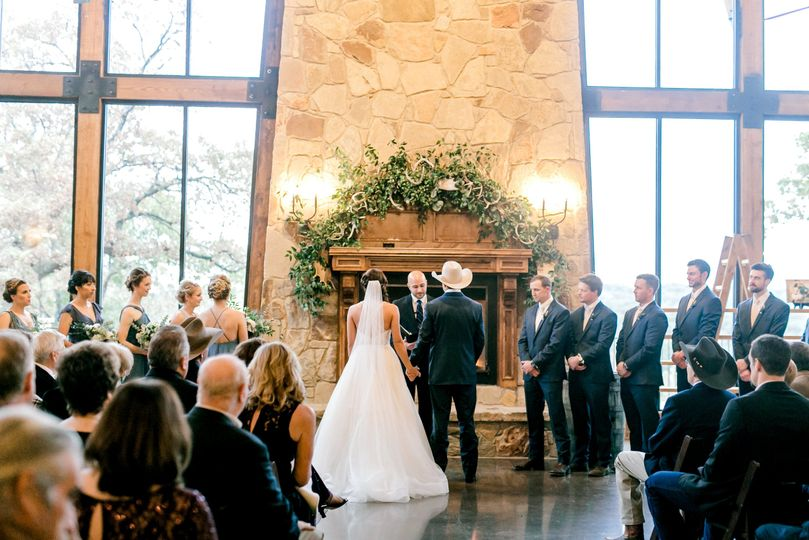 The Lodge - indoor ceremony