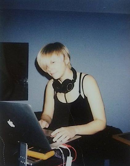 Julie Jakolat, DJ