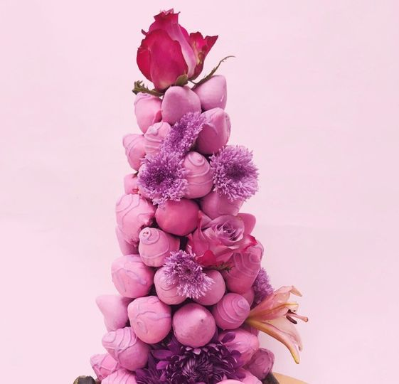 Strawberry & roses tower
