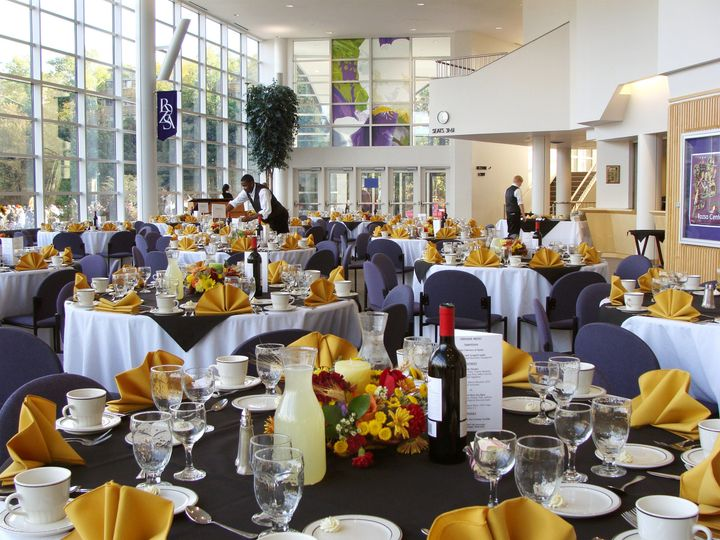 The lobby of the Rozsa Center is the perfect canvas to highlight formal or causal events.  The room...