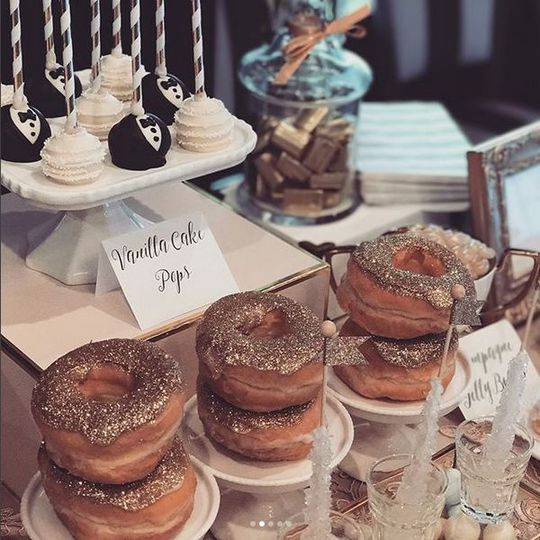 Custom cake pops & glitter doughnuts