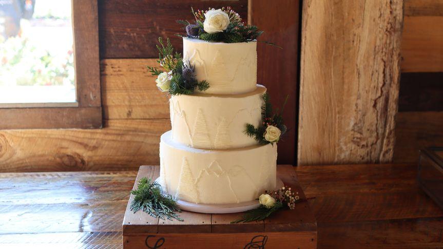 Elegant cake for an elegant occasion