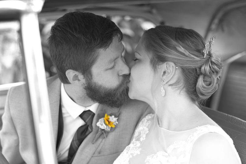 Kissing in classic car