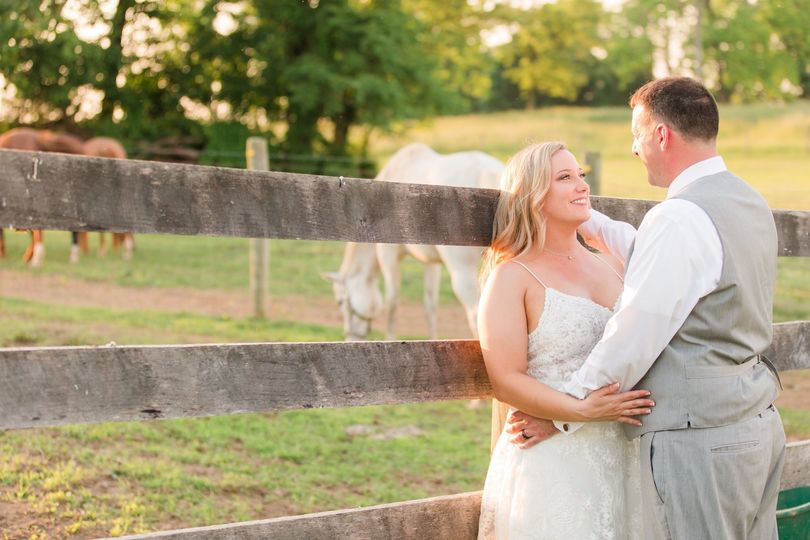 grey peach wedding northern virginia wedding photographer the barns at maple valley farm 26 51 658097 1559258250
