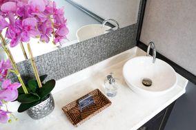 Luxury Flush - Portable Restroom Rental